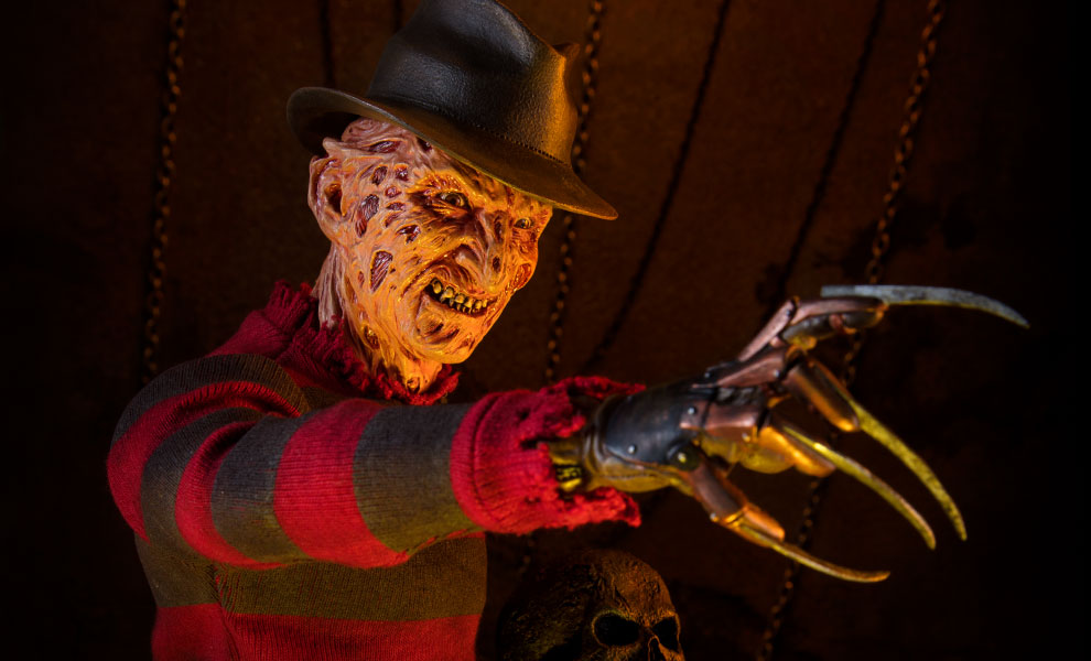 a-nightmare-on-elm-street-freedy-krueger-premium-format-figure-sideshow-feature-300366